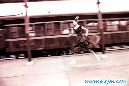 梦见自己坐火车_梦见火车是什么意思有什么预兆_周公解梦