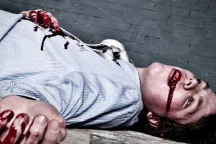 梦到男人满头血